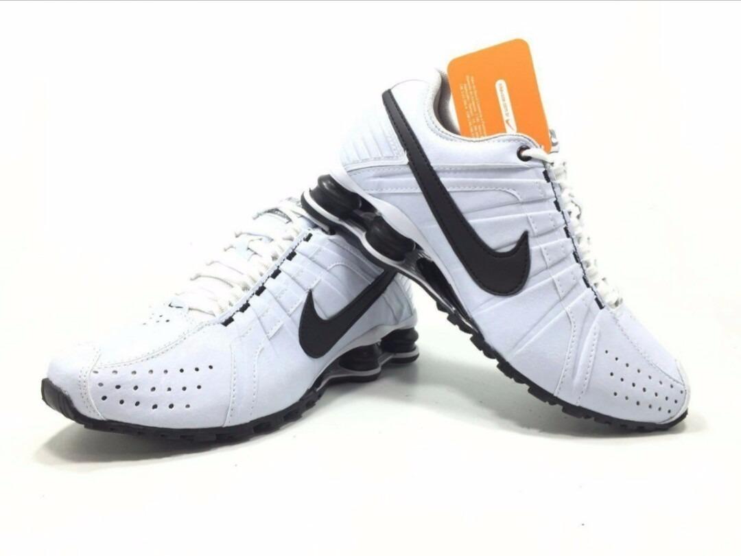 8334a32b4cf Tênis Nike Shox Junior - LeveShoes