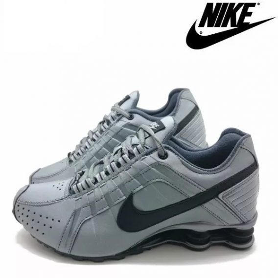 Tênis Nike Shox Júnior 4 Molas Masculino 2 2 568x568 - Tênis Nike Shox Júnior 4 Molas Masculino Cinza