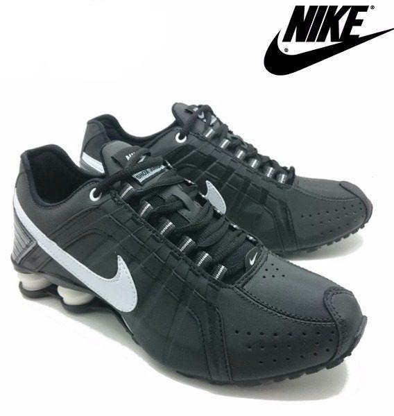 Tênis Nike Shox Júnior 4 Molas Masculino 4 568x600 - Tênis Nike Shox Júnior 4 Molas Masculino Preto