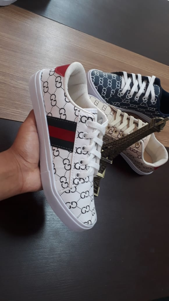 81dac7d605 Sapatilha Feminino Gucci - LeveShoes