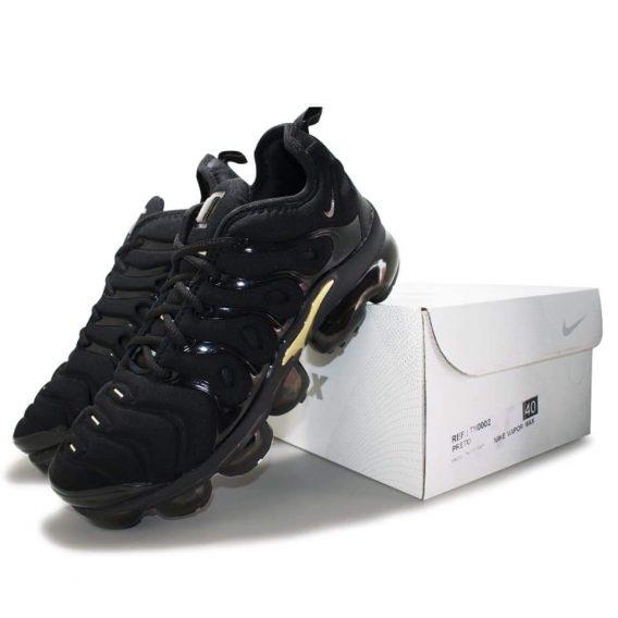 FB IMG 1541075073094 568x568 - Tênis Nike Vapor Max Plus Vm Preto