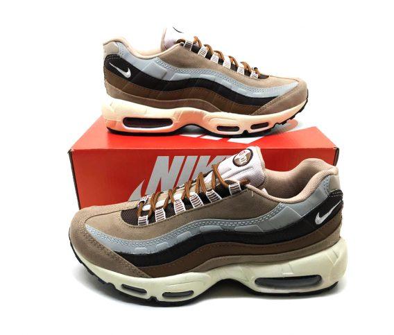 Tênis Nike Air Max 95 2 568x483 - Tênis Nike Air Max 95