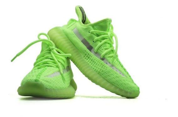 tenis adidas yeezy 350 v2 02 568x373 - Tênis Adidas Yeezy