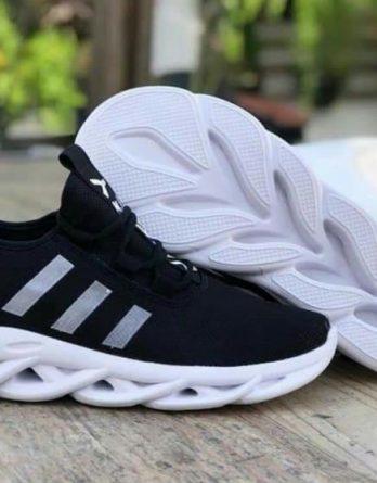 Tenis adidas yeezy 6 348x445 - Tênis Adidas Ultra Boost